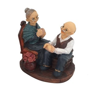 Imagen de Adorno poliresina, pareja de abuelos, en caja