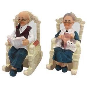 Imagen de Adorno poliresina, abuelo/a en silla, en caja
