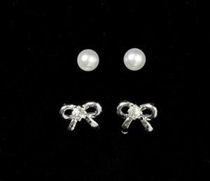 Imagen de Caravanas perlas y moñas, PACK x12, doradas y plateadas