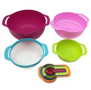 Imagen de Bowl de plástico x2, con cernidores, tazas y cucharas medidoras, 10 piezas, en caja