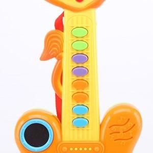 Imagen de Guitarra de plástico, didáctica, con luz y sonido, 3AA, en caja