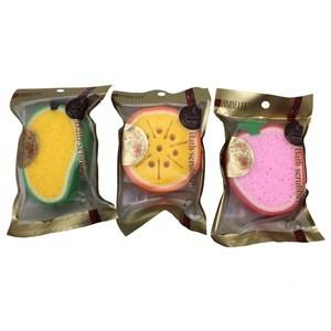 Imagen de Esponja para baño, varios diseños de frutas, en bolsa