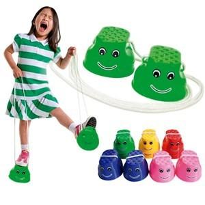 Imagen de Zancos de plástico con carita x2, varios colores